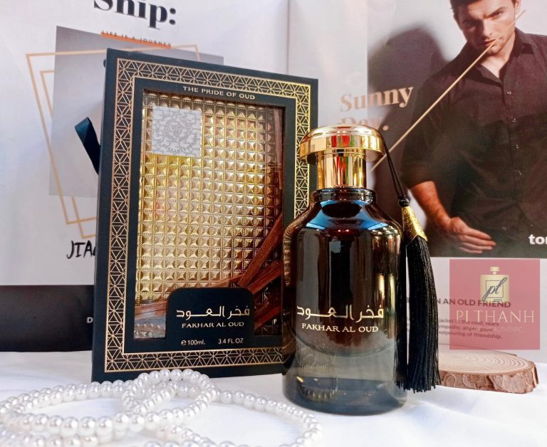 Nuoc hoa Dubai Fakhar Al Oud